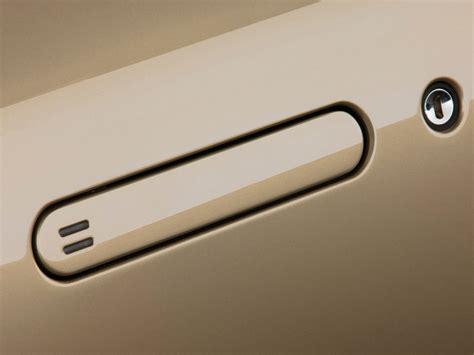 Image: 2009 Aston Martin DB9 2 door Volante Auto Door Handle, size: 1024 x 768, type: gif