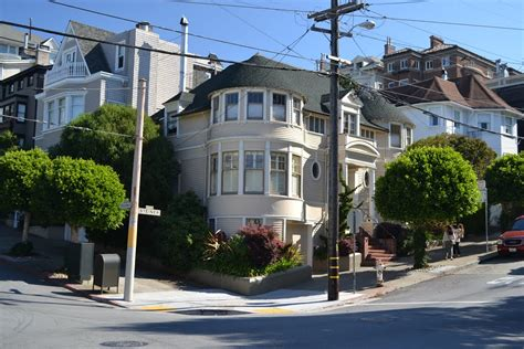 panoramio photo of mrs doubtfire house 2640 steiner