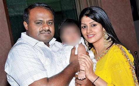 actress jayanthi death date actor ramya opens up on hd kumaraswamy s second marriage