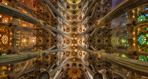 15 Amazing Facts You Need To Know About Gaudí's La Sagrada