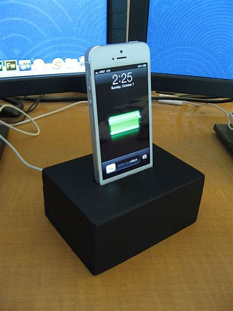 diy charging dock my quick n dirty diy iphone 5 charging dock done