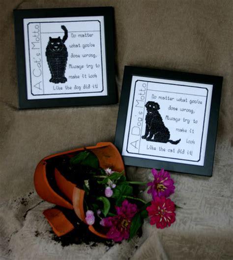 Dogs Motto and cat motto pegasus originals