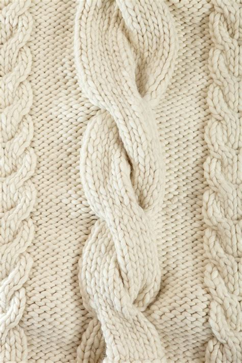 chunky cable knit throw buy designer chunky knit throw blanket homelosophy