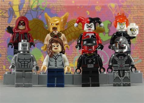 Mainan Lego Heroes Xinh 2 it s not lego xinh heroes minifigures by decool