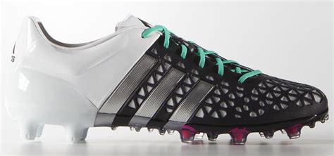 Setelan Adidas Ace White adidas ace 15 1 shock pink black football boots