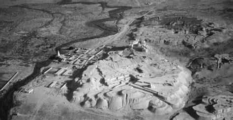 tomb  daniel  shushan overlooking  river ulai