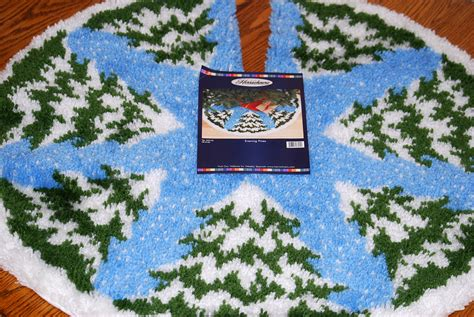 latch hook christmas tree skirt kits 1000 images about latch hook kits on latch hook rug kits tree skirts and latch