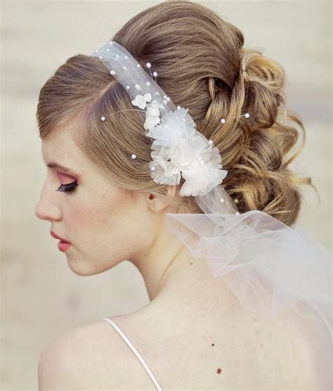 wedding hair using nets wedding veil tie headband of net and vintage flowers