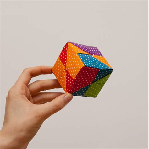 Origami Cube 6 Pieces - how to make an origami cube in 18 easy steps from japan