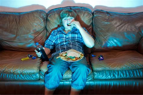 fat kid on couch kids and diabetes how to curb the carbs when your child