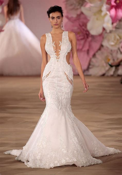Wedding Dress Trends 2017 wedding dress trend you need to about cut outs