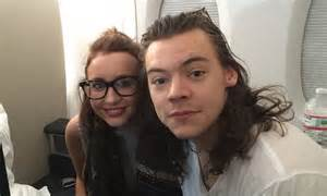 harry styles fan harry styles fan reveals she was sat to 1d on 10