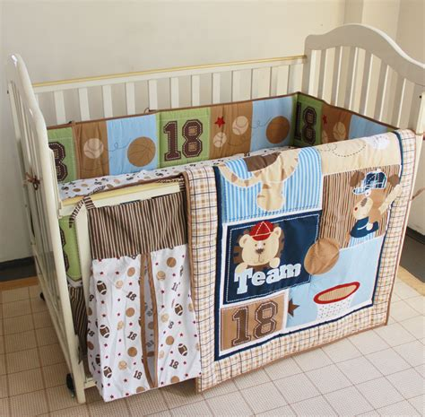 8pcs Baby Bedding Set Embroidered Bear Baseball Crib Bedding Sets With Bumpers