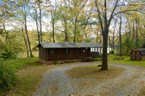 Cabins In Shenandoah Va by Riverfront Cabin In Shenandoah Valley Virginia