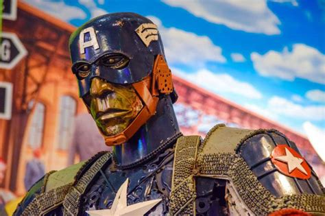 K Sq Captain America Big Size captain america at ripley s times square ripley s believe it or not new york