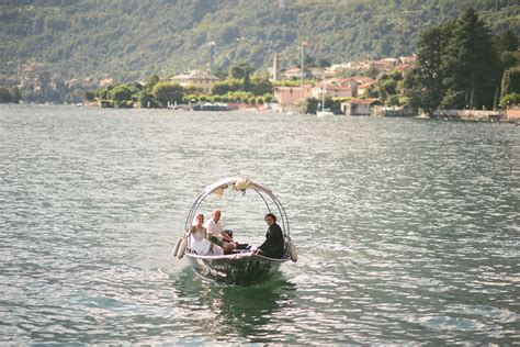 party boat zug wedding at villa la casinella lake como fotograf