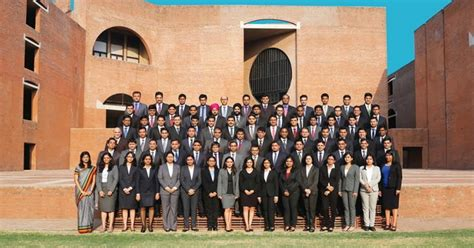 Mba Curriculum Iim by Pgpx Class Of 2016 At Iim A Has 3 International Students