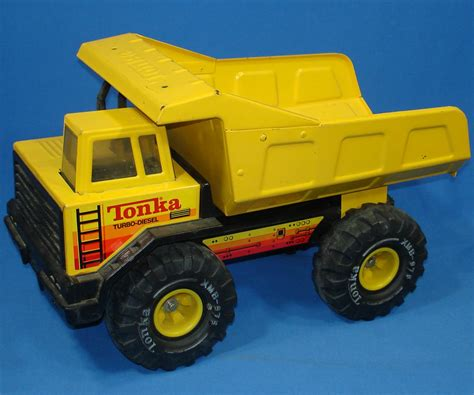 vintage tonka truck tonka mighty turbo diesel pressed steel metal construction