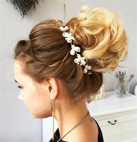 wedding hairstyles with a bun 40 chic wedding hair updos for brides