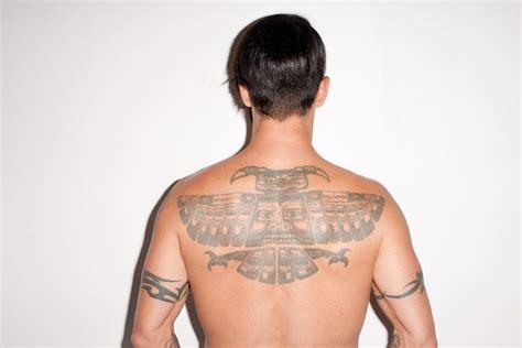 anthony kiedis back tattoo totem poll style on anthony kiedis back tattoos