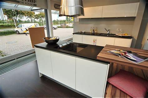 küche mit kochinsel günstig schlafraum t 252 rkis