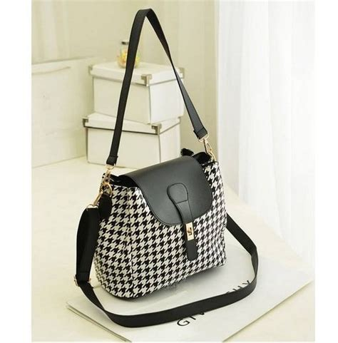 Latest Fashion Of Handbags For Girls 2014 10   Life n Fashion