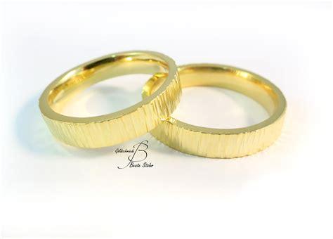 Trauringe Gold by Trauringe Baumrinde 585 Traumschmuckwerkstatt Shop
