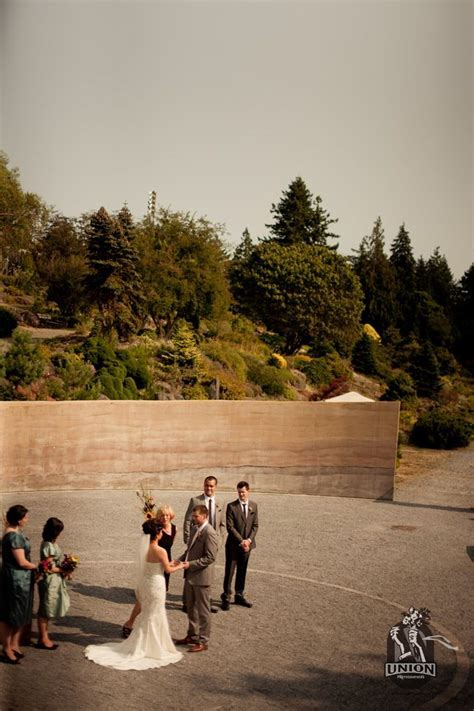 Roseline Sturdy Amphitheatre outdoor wedding. Beautiful