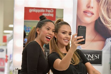 mkaeup makeover nj jessica alba surprises target guests with honest beauty