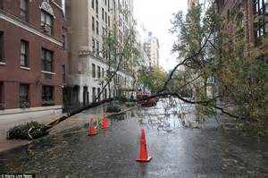 st goes on what side hurricane sandy new york city divided in super storm s