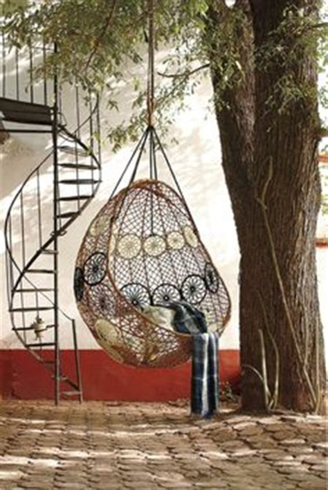 Outdoor Reading Chair by 1000 Images About Outdoor Hanging Chairs On