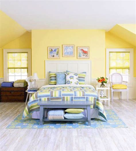 Is Yellow A Color For A Bedroom by Best 10 Blue Yellow Bedrooms Ideas On Blue