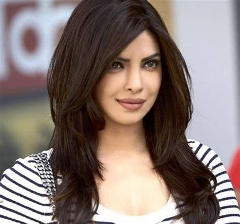 priyanka chopra hairstyle in krrish awesome priyanka chopra hairstyle fashion jpg 500 215 468