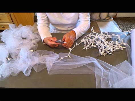 DIY Light Tulle Garland #factorydirectcraft   How to