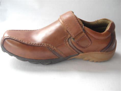 Jual Sepatu Sandal Crocs Pria Pabrik sepatu kulit pria toko sepatu kulit surabaya pabrik