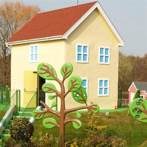 Peppa Pig House by A Guide To Rides And Attractions For Toddlers 1 Metre At Paultons Park And Peppa Pig World