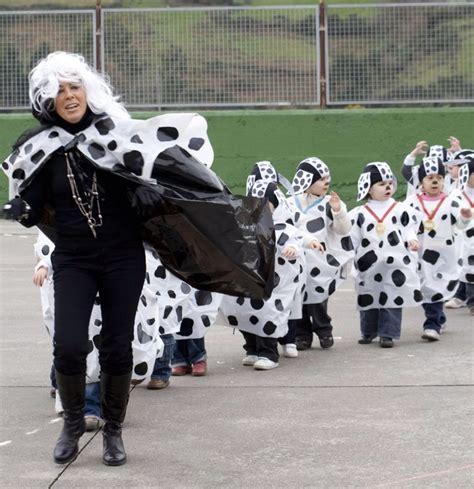 ofertas disfraces carnaval fotos ofertas disfraces disfraz de d 225 lmatas con bolsas m 225 s peque 241 as de 45x60 cm