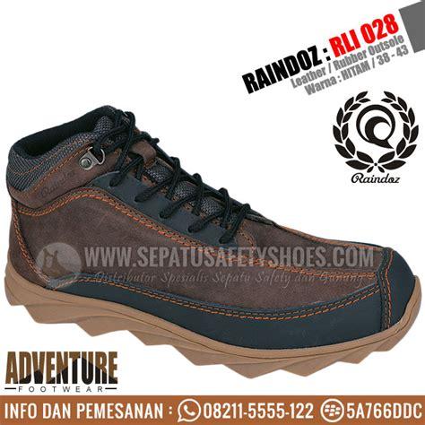 sepatu gunung raindoz toko sepatu safety safety shoes