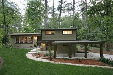 mid century modern exterior windows american hwy 17 best images about split level exterior ideas on