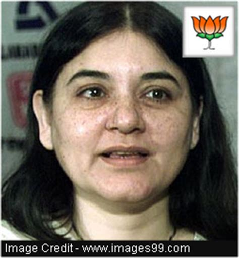 biography maneka gandhi environmentalist maneka sanjay gandhi biography about family political