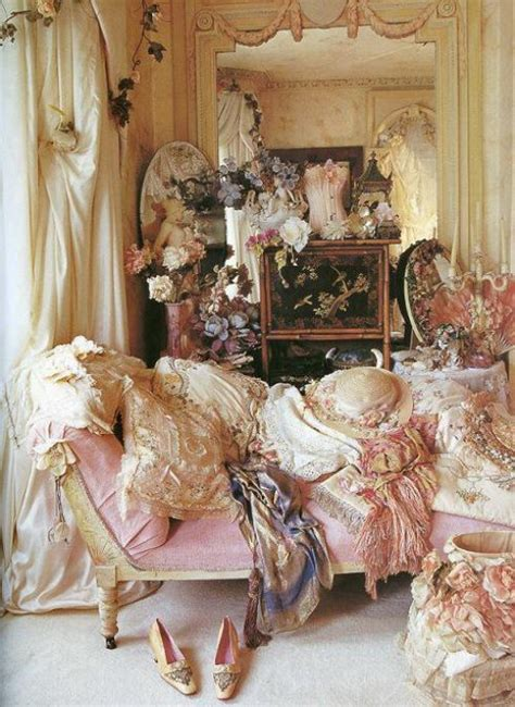 vintage rose bedroom ideas eye for design decorating your bedroom boudoir style