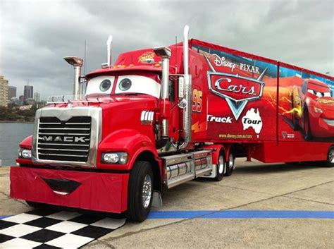 Mack The Transporter Roars Into Melbourne   Life Size