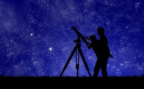 Astronomer Description by Astronomer