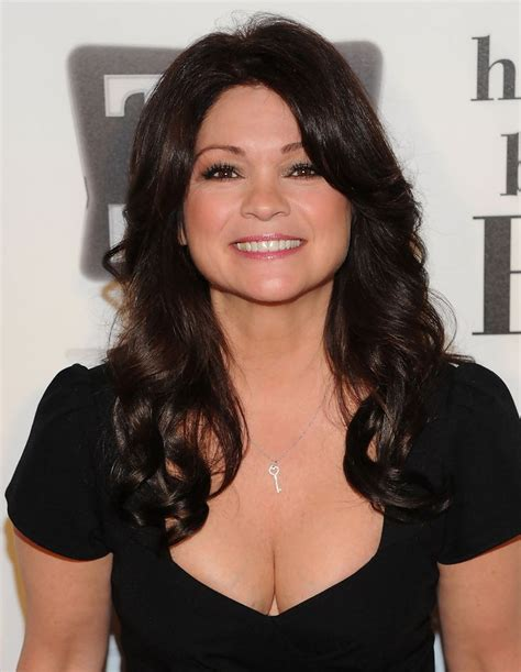 hair styles actresses from hot in cleveland 16 best valerie bertinelli images on pinterest valerie