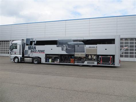 be my trailer schuler 252 bergibt dem truck racing service team zwei