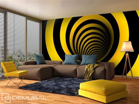 curved  yellow  black optically magnifying