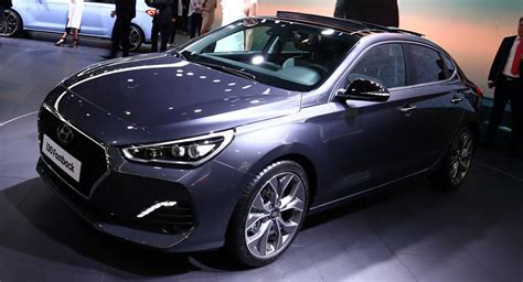fast hyundai hyundai s new i30 fastback is anything but fast