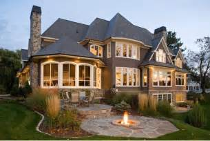 Grey cedar shingle home par stonewood usa d infos
