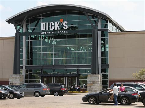 sporting goods in charlottesville va fairfax s sporting goods ends sale of assault weapons fairfax city va patch