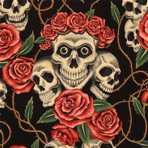 imagenes de calaveras rojas tela negra de alexander henry con rosas rojas y calaveras